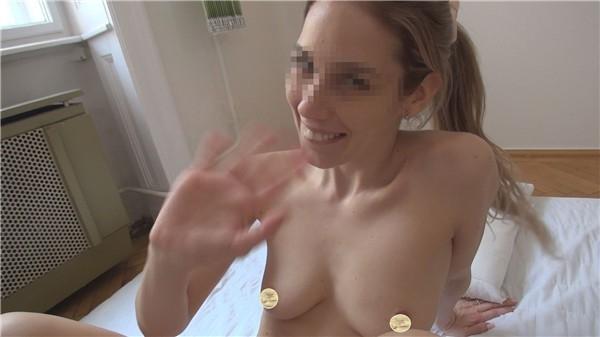 [FC2_PPV-1243888] 不倫主婦の性告白ドキュメンタリー【ヨーロッパ特別編】 金髪美熟女に、ひたすらフェラチオさせて挿入して2分以内に生中出し 【個人撮影】高画質ZIP付き